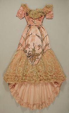 Art Nouveau •~• Jacques Doucet silk gown, c. 1900