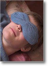 streaming leaves, eye pillow knitting pattern by Cat Bordhi. FREE PATTERN: http://www.loopsknitting.com/freepatterns/EyePillow.pdf