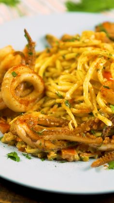 Pasta with Grilled Seafood - Recetas de Pastas - Recetas Healthy Chicken Recipes, Seafood Recipes, Gourmet Recipes, Cooking Recipes, Easy Healthy Recipes, Grilled Seafood, Cucumber Recipes, Healthy Nutrition, Easy Cooking