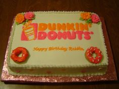 Dunkin Donuts Birthday Cake This was a cake order for a lady my Mother works with. Birthday Cake Prices, Donut Birthday Parties, Donut Party, Birthday Fun, Birthday Cakes, Dunkin Donuts Cake, Donuts Tumblr, Cake Pricing, Cake Central