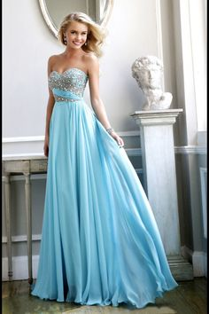 Sherri Hill dresses are designer gowns for television and film stars. Find out why her prom dresses and couture dresses are the choice of young Hollywood. Grad Dresses, Prom Dresses Blue, Dance Dresses, Ball Dresses, Homecoming Dresses, Ball Gowns, Dresses Dresses, Prom Gowns, Long Dresses