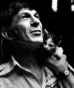 Leonard Nimoy... As my old roomie once said... I have an inordinate amount of crushes on 80 year old men. :)