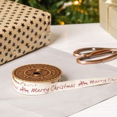 Add the finishing touches to your Christmas wrapping with this gorgeous cotton ribbon. In a rich cream colour with complementing deep red Stag decorations, the ribbon has the wording Merry Christmas for an added festive touch. Ribbon length 5 meters.