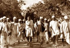 Dandi March or the Salt March was an act of civil disobidience against the… Rare Pictures, Historical Pictures, Indian Pictures, Salt March, National Movement, History Of India, British Government, Mahatma Gandhi, Persecution