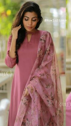 Churidar Neck Designs, Kurta Neck Design, Salwar Designs, Kurta Designs Women, Kurti Designs Party Wear, Neck Design For Kurtis, Latest Kurti Designs, Stylish Kurtis Design, Indian Gowns Dresses