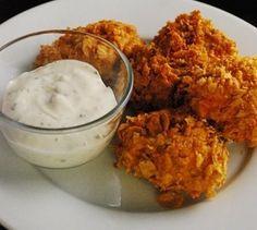Ha unod már a sima rántott csirkét, ezt a receptet, muszáj kipróbálnod! Hozzávalók: 80 dkg csirkemell filé 1dl natúr joghurt (vagy annyi tej amennyi ellepi) 2[...]