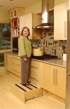 "Universal design kitchen national Homebulider's ""Homes for Life"" built in step stool in the toe kick. Kitchen On A Budget, Kitchen Redo, Kitchen Storage, Kitchen Remodel, Kitchen Dining, Kitchen Cabinets, Küchen Design, Layout Design, Cuisines Design"