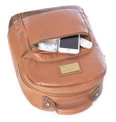 Mochila feminina de couro legítimo Andrea Vinci caramelo - Enluaze Loja Virtual | Bolsas, mochilas e pastas
