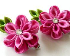 Flores de tela Kanzashi. Conjunto de 2 hebillas de cierre. Ciruelo, púrpura y…
