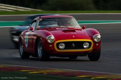 Ferrari 250 GT SWB aux Spa Six Hours 2016. #MoteuràSouvenirs Reportage : http://newsdanciennes.com/2016/09/26/spa-six-hours-2016-une-course-a-la-tombee-de-la-nuit/
