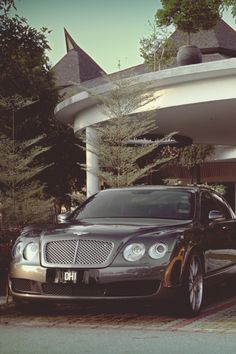 themanliness: Bentley Continental Flying Spur |...