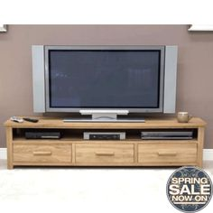 Awesome solid Oak Tv Cabinet