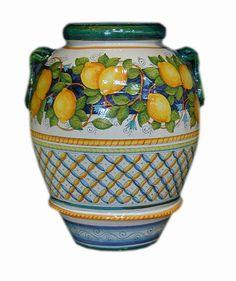 Tavoli in ceramica da giardino | Ceramiche Leoncini | Ceramic ...