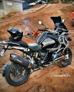 """""""Dark Night"""" R1200 Gs Adv Owner: @johnsmotors #Motorcycledreams #BmwMotorrad…"""