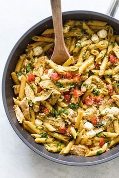 Pesto Chicken Pasta with tomatoes and mozzarella. Pesto Pasta Recipes, Chicken Pasta Recipes, Pesto Recipe, Pasta Recipes Using Cherry Tomatoes, Basil Pesto Chicken Pasta, Breast Recipe, Calamari, Summer Recipes, Gnocchi