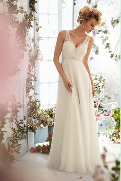 2014 V Neck A Line Wedding Dress Embellished With Beads And Applique Chapel Train Chiffon&Tulle USD 149.99 BPP89K8ZQ1 - BrandPromDresses.com