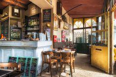 charming restaurant decor | Chic Provence *: Chic Provence Design Tour Printemps 2013!