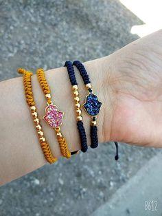 Hamsa, Christmas Crafts, Bb, Beaded Bracelets, Handmade, Jewelry, Fashion, Diy Accessories, Handmade Bracelets