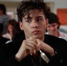 Johnny Depp is laughing now Beautiful Boys, Pretty Boys, Cute Boys, Indie Boys, Chris Hemsworth, Junger Johnny Depp, Hot Guys, Young Johnny Depp, Johnny Depp Movies