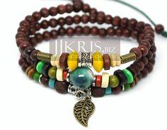 Collar/pulsera de tres vueltas de cuentas de madera y beads de piedras y metal de JJKris Accessories