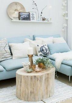 NuBuiten inspiratie // Mooi zeg, deze combinatie van hout en hemelsblauw.Ook zeker mooi om deze kleuren te combineren in uw accessoires.