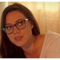 So excited to see Aubrey Plaza in Safety Not Guaranteed this summer. Aubrey Plaza Scott Pilgrim, Infp, Aubry Plaza, Wearing Glasses, Girls With Glasses, Celebs, Celebrities, Celebrity Couples, X Men