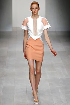 David Koma Spring 2013 Ready-to-Wear Collection Slideshow on Style.com