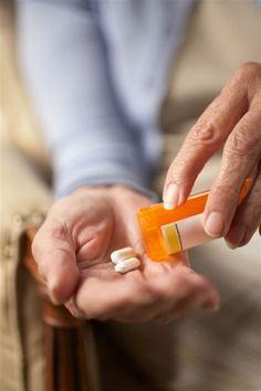 Botiquín de seguridad para mayores. http://www.farmaciafrancesa.com/main.asp?Familia=189&Subfamilia=211&cerca=familia&pag=1