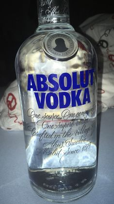 Absolut Vodka, Smirnoff, Skyy Vodka, Vodka Tonic, Party Drinks Alcohol, Vodka Drinks, Alcoholic Drinks, Vodka Shots, Vodka Martini