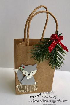 Foxy Friends Christmas Bag from Cozy Craft Retreat! Lorri Heiling Stampin' Up Christmas Gift Bag Christmas Gift Decorations, Christmas Gift Bags, Christmas Gift Wrapping, Christmas Crafts, Christmas Tables, Nordic Christmas, Modern Christmas, Christmas Christmas, Christmas Stockings