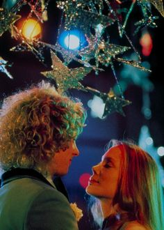 Sissy Spacek (Carrie White) & William Katt (Tommy Ross) - Carrie a Estranha 1976 - Cena do Baile Carrie Movie 1976, Movie Tv, Teen Movies, Scary Movies, Horror Movies, Comedy Movies, Movies Showing, Movies And Tv Shows, Veronica