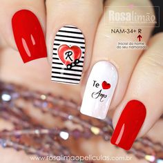 How to succeed in your manicure? - My Nails Oval Nails, Red Nails, Hair And Nails, Chic Nail Art, Chic Nails, Nail Art Hacks, Nail Art Diy, Anime Nails, Valentine Nail Art