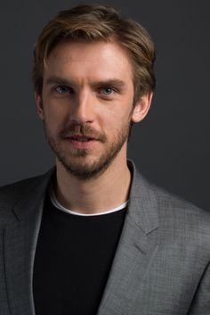"""Dan Stevens has been cast as the Beast in Disney's new """"Beauty and the Beast"""" movie!"""