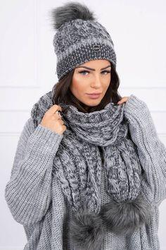 Moderná čiapka a šál sivá vo veľkosti uni Winter Hats, Outfit, Uni, Fashion, Clothes, Moda, Fasion, Trendy Fashion, Outfits