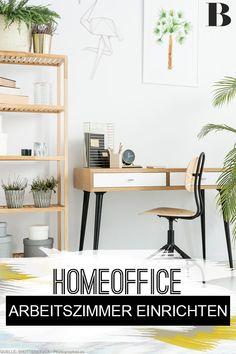 Arbeitszimmer einrichten: Für ein optimales Homeoffice. Du möchtest gern dein Arbeitszimmer einrichten, um auch im Homeoffice effizient, kreativ und gesund arbeiten zu können? Wir haben schöne Tipps und Gestaltungsideen für dich parat. #arbeitszimmer #wohnen #einrichtung #homeoffice Home Office, Office Desk, Inspiration, Furniture, Home Decor, Asylum, Healthy, Creative, Homes