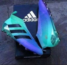 Adidas Women Shoes - Adidas Ace More - We reveal the news in sneakers for spring summer 2017 Adidas Football, Football Shoes, Football Cleats, Adidas Soccer Cleats, Girls Soccer Cleats, Custom Soccer Cleats, Futsal Adidas, Adidas Nmd, Sneakers Adidas