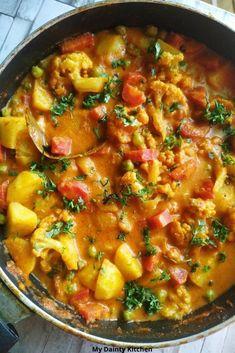 Paneer Recipes, Curry Recipes, Veggie Recipes, Indian Food Recipes, Vegetarian Recipes, Cooking Recipes, Healthy Recipes, Ethnic Recipes, Paratha Recipes