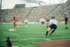 Neeskens en abriendo el marcador en la final de 1974