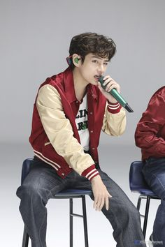Seokjin, Kim Namjoon, Jung Hoseok, Daegu, Bts Taehyung, Taehyung Fanart, Mixtape, Bts 2013, Jimin 95