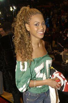 """Curly Micros  - 15 Times Beyoncé's Braids Made Us Scream """"Yas!"""""""