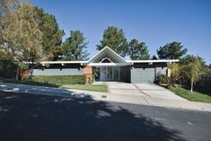 San Francisco architect John Klopf earned our best remodel award for his work on this iconic home built by Joseph Eichler in 1964.