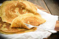 Pfannkuchen sollten goldbraun, weich, zart und dünn sein