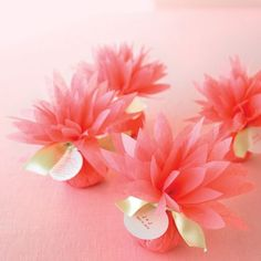 How to make Paper Dahlia as a favors for the party.