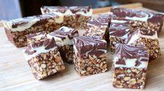 Carrés cacahuètes aux deux chocolats