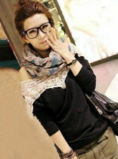 Loose Stitching Lace Long-sleeved T-shirts