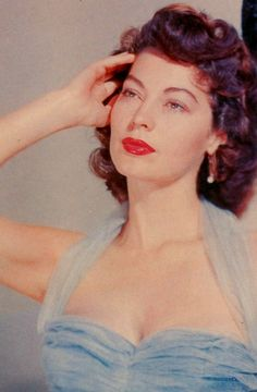 """goldenageestate: """" Ava Gardner ~ Pandora and the Flying Dutchman, 1951 """" Beautiful Female Celebrities, Beautiful Actresses, Classic Hollywood, Old Hollywood, Pin Up Models, Ava Gardner, Classic Beauty, Vintage Hairstyles, Hollywood Actresses"""