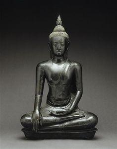 Buddha Mâravijaya Thaïlande, provenance exacte inconnue Art d'Ayutthaya (XVe-XVIe siècle) Bronze Gautama Buddha, Buddha Buddhism, Buddhist Art, Thai Buddha Statue, Buddha Statues, Art Thai, Siam, Laos, Art Asiatique