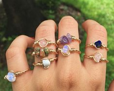 Wire wrapped rings 155303887211604667 - Adjustable Gold Wire Wrapped Crystal Ring / Wire Wrapped Stone Ring / Semi Precious Gemstone Chip Ri Source by etsy Wire Jewelry Rings, Handmade Wire Jewelry, Cute Jewelry, Jewelery, Jewelry Accessories, Handmade Rings, Etsy Jewelry, Wire Bracelets, Chanel Jewelry