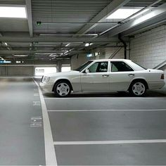 Those are the best rims for the w124. Pic from mercedes w124 fb page