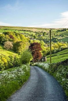 ***Country road in the Yorkshire Dales (England) by petejeff cr. *** Landstraße in den Yorkshire Dales (England) von petejeff cr. Nature Landscape, Ireland Landscape, Mountain Landscape, Landscape Photos, Yorkshire Dales, Yorkshire England, Cornwall England, Beautiful World, Beautiful Places